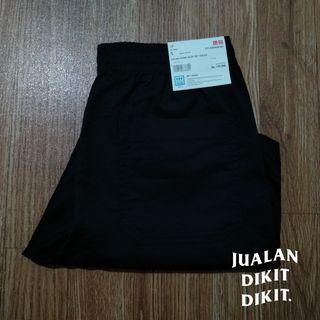 Celana pendek rileks dry stretch uniqlo 100% original
