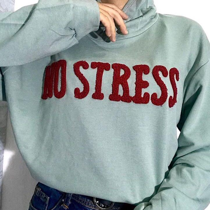 Hoodie Sweater Aesthetic Fesyen Wanita Pakaian Wanita Atasan Di Carousell