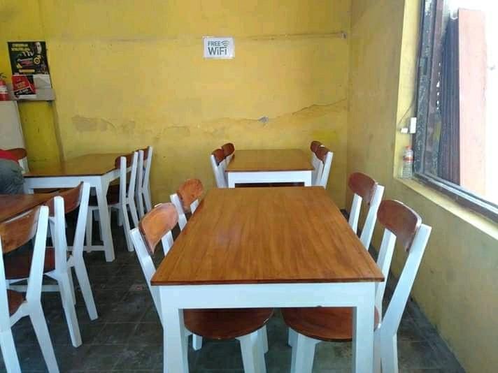 Kursi kafe/kursi makan