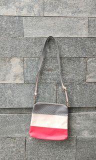 Tas Selempang / Sling Bag