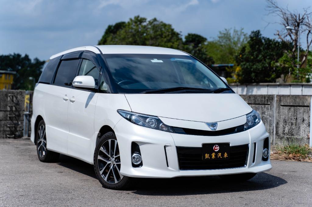 Toyota Estima 2.4 Aeras G FACELIFT Auto