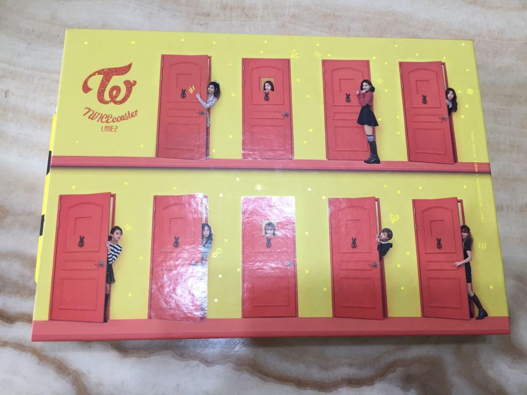 TWICE 專輯 Twicecoaster:LANE 2 附小卡、貼紙