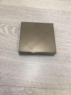 Burberry Fresh Glow Highlighter #02 Nude Gold