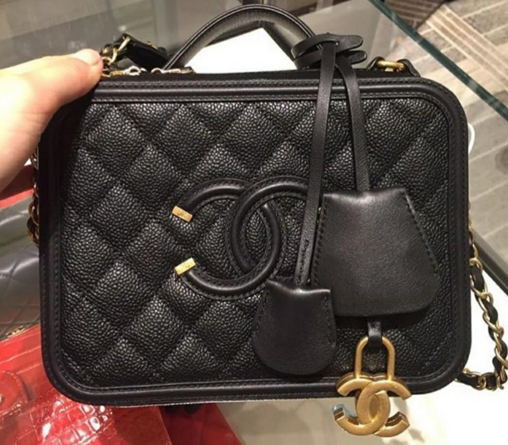 Chanel Small Vanity Case Luxury Bags Wallets Handbags On Carousell