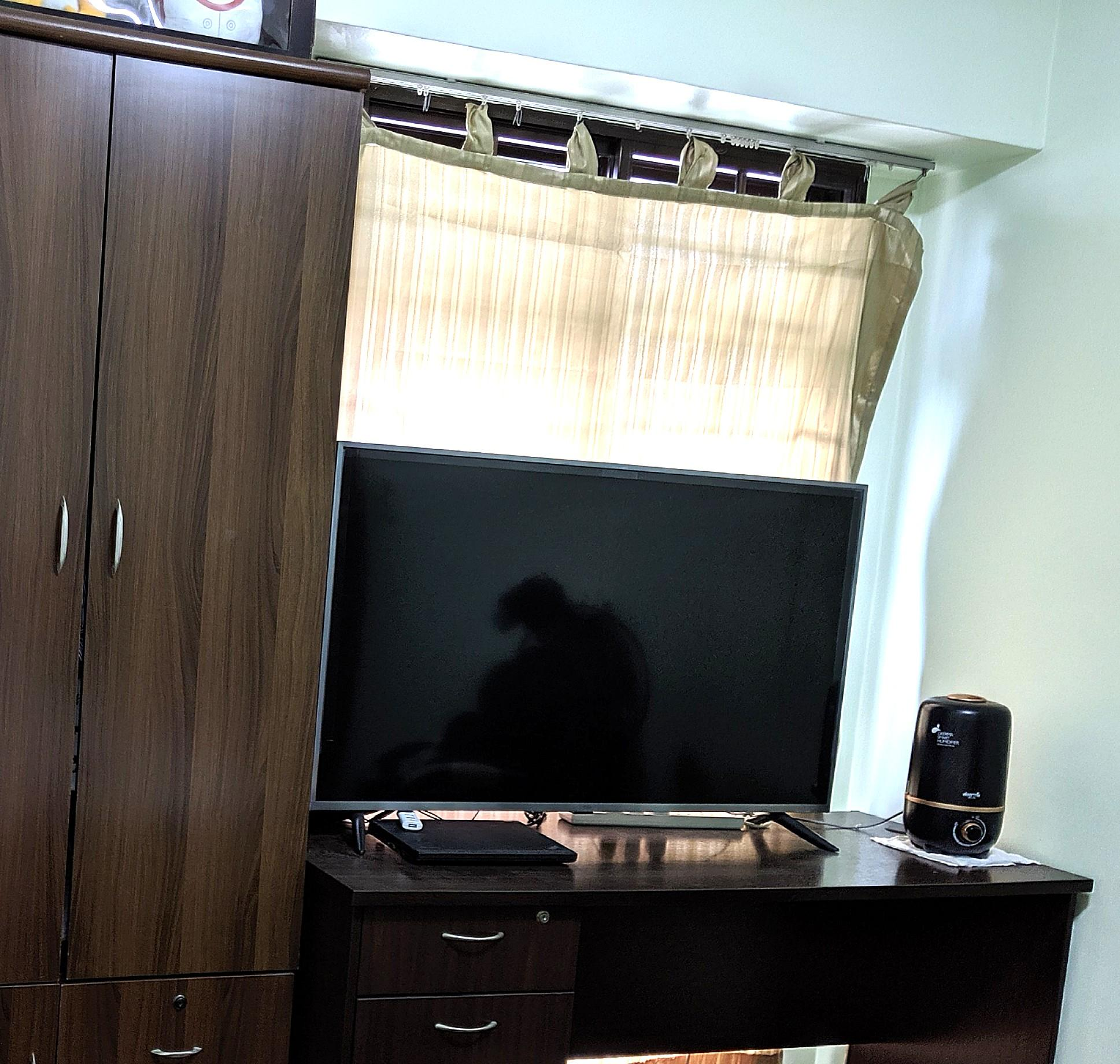 Wardrobe, Office Study Table w/FREE small cabinet