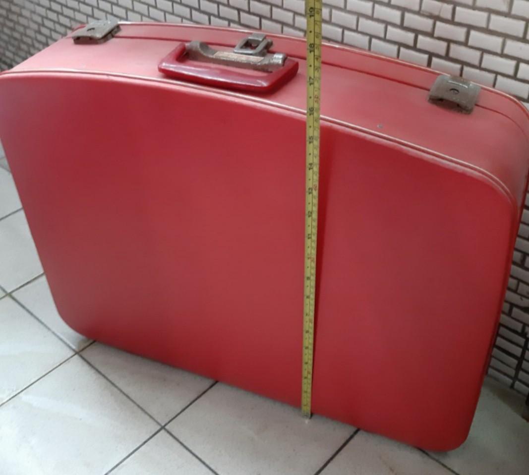 👩🦳長順紅皮箱,已經是優惠價不再接受議價請見諒。