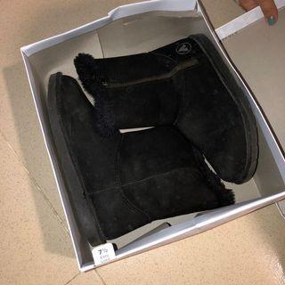 Airwalk Suede Boots