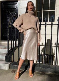 Aritzia Babaton Slip Skirt