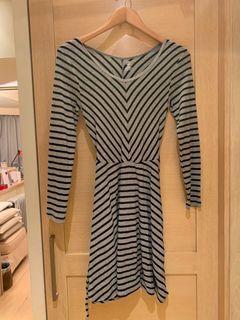 Girl's dress 10-12 years