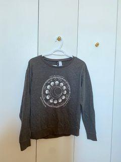 H&M zodiac Sagittarius Sweater Grey Oversized