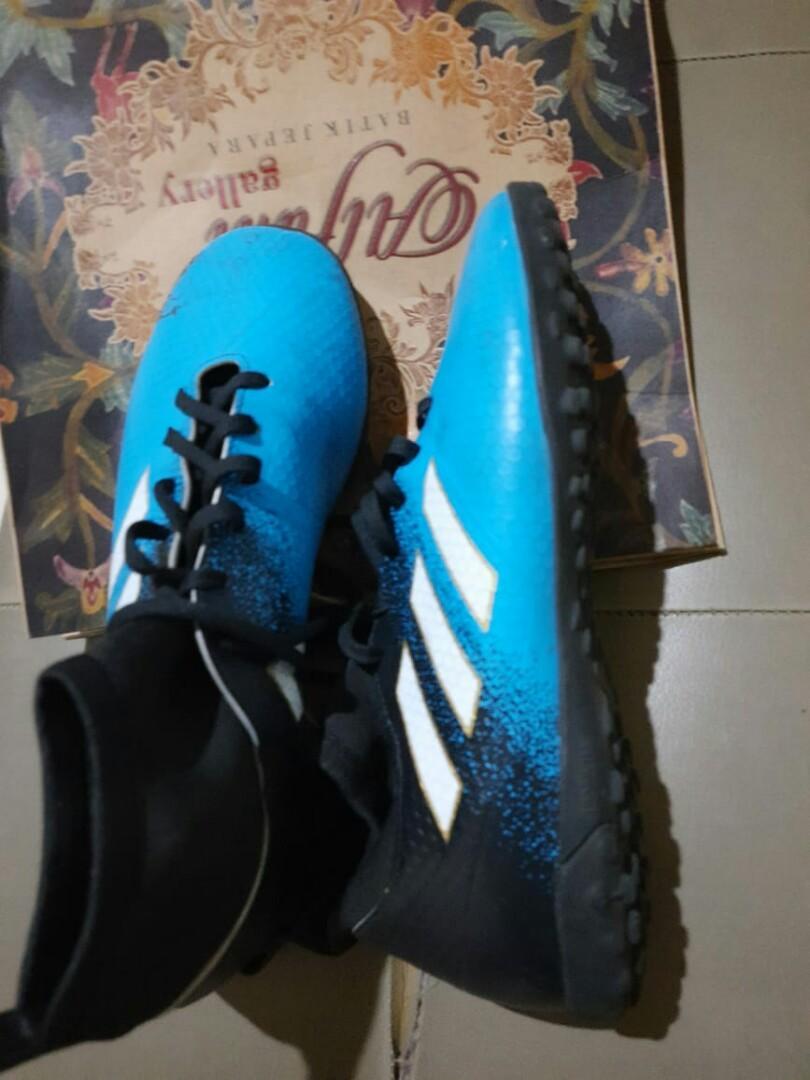 Sepatu Futsal Adidas Premium