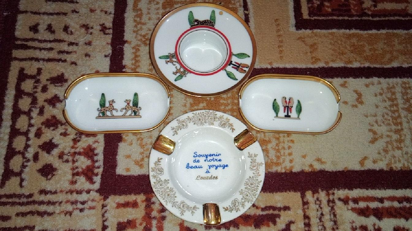 Souvenir pajangan keramik