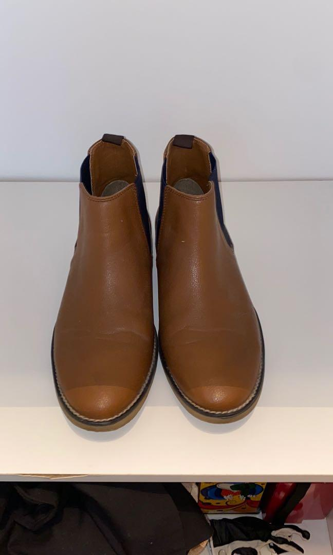 Used   Men's Chelsea boots