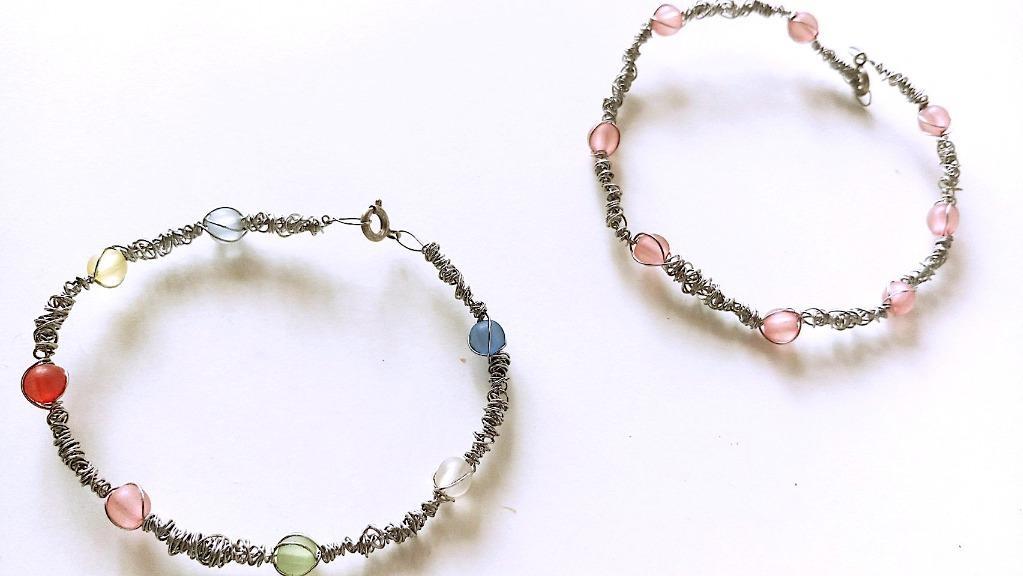 金屬線造型手環