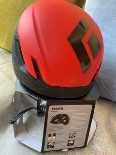 BlackDiamond latest helmet - vision in red, size smal. BRAND NEW!!!
