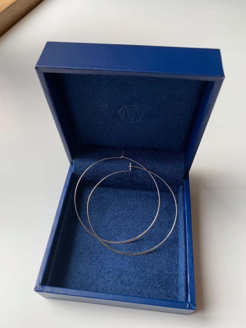 Jules Smith hoops gold plated, silver color
