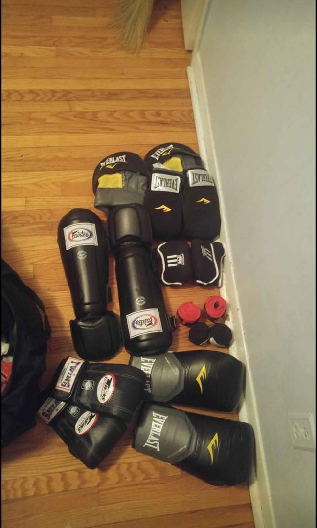 Muay Thai / kickboxing gear STEAL PRICE