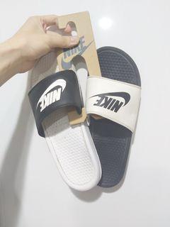 正版Nike陰陽拖鞋