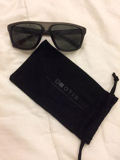 Kacamata - Otis Sunglasses