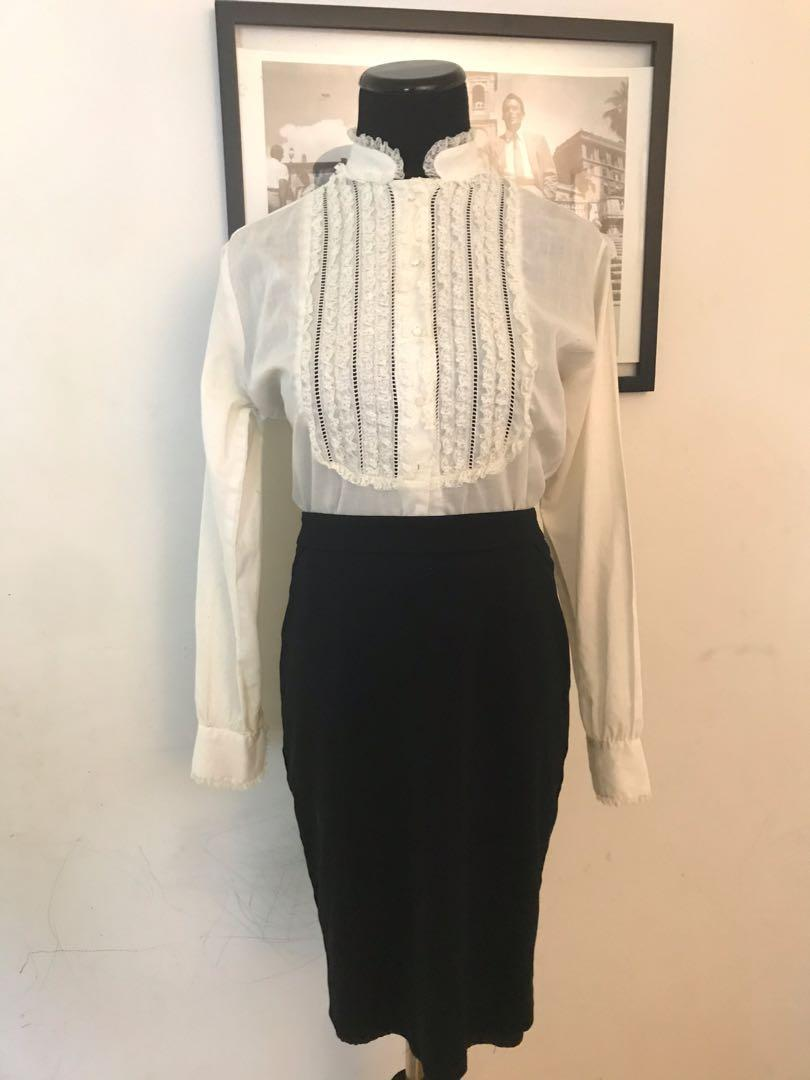 Vintage long sleeve blouse