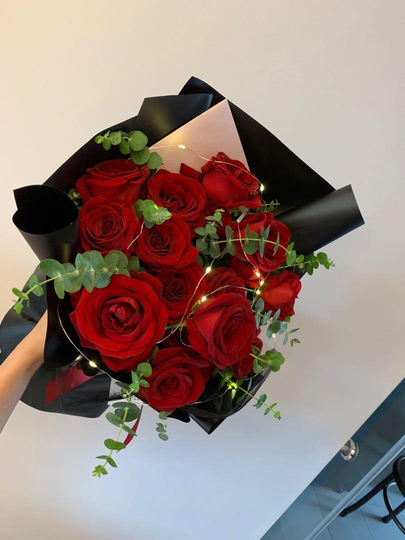 12 Stalks Big Fresh Red Roses Bouquet Gardening Flowers Bouquets On Carousell