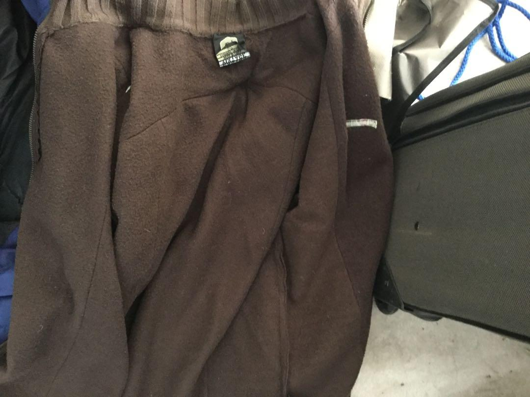 Brown sweater small