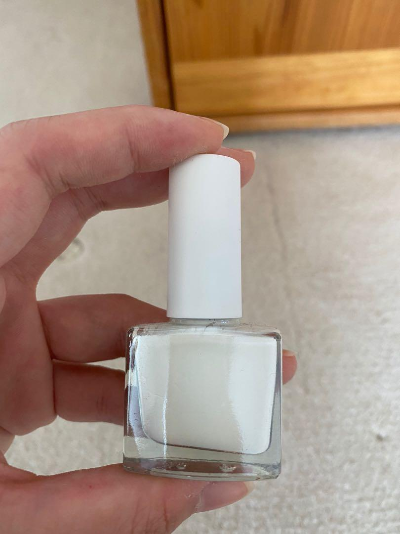 Peel off white nail polish