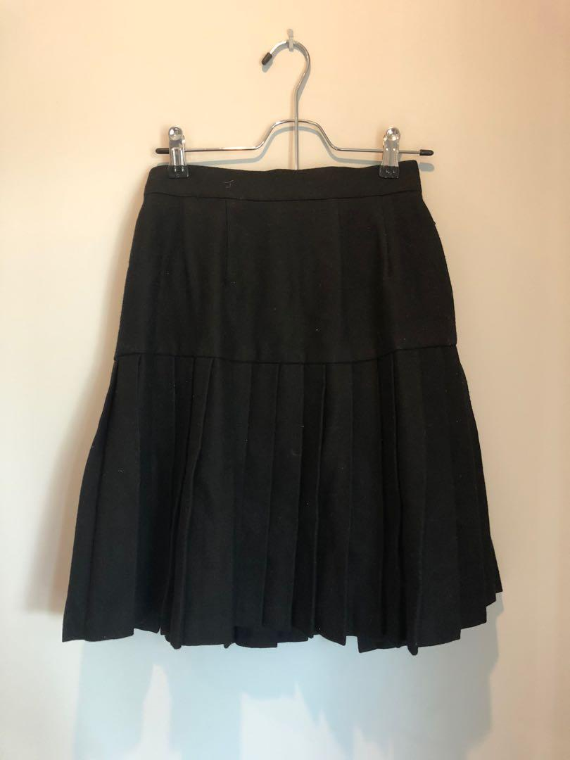 Pleated skirt thick material