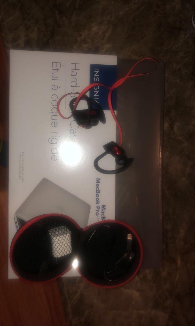 Selling brand new MacBook Pro cover and MpowFlames Earphones
