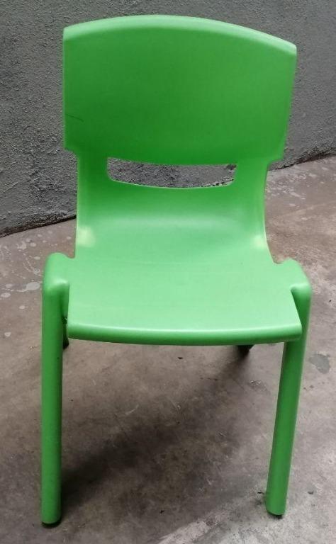 Plastik Yeşil Sandalye