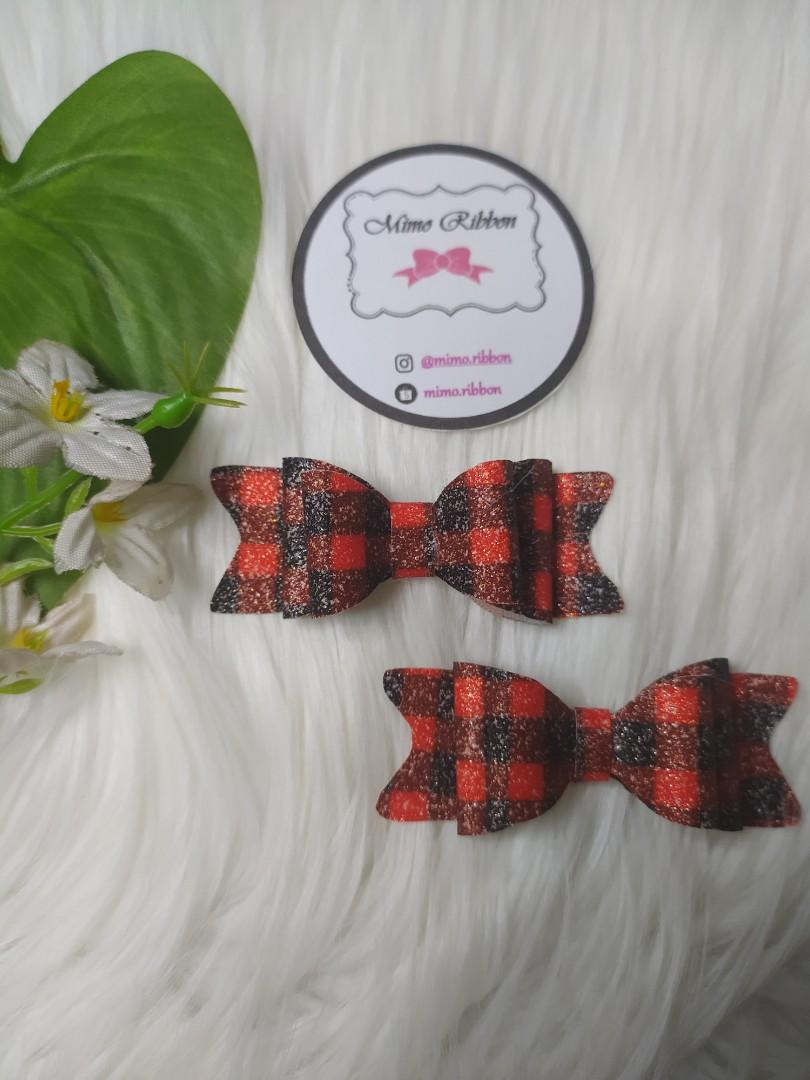 Mini Black and red squared bows