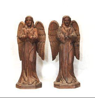 Old altar angels