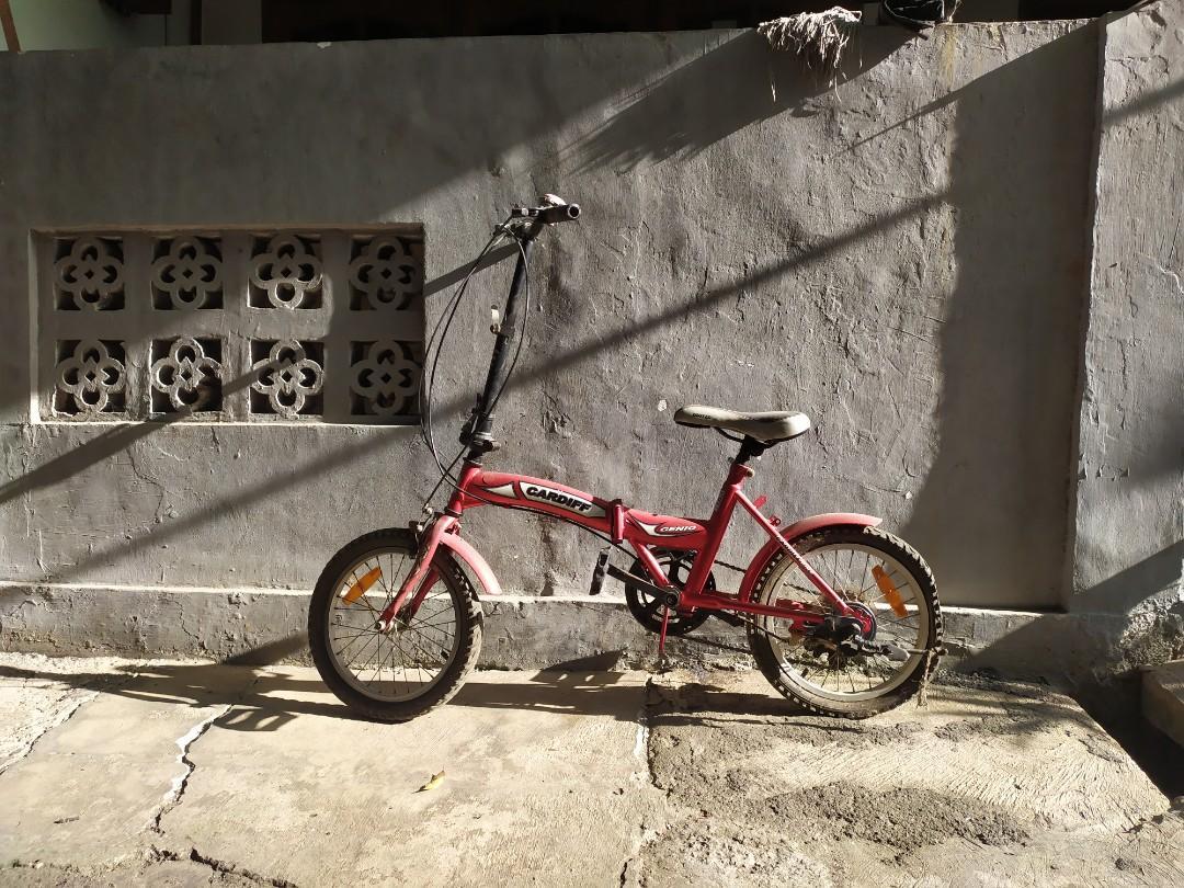 Sepeda Lipat merk Genio