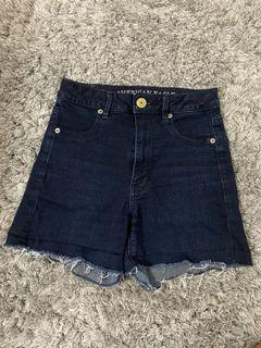 AE High-waisted shorts SZ 2