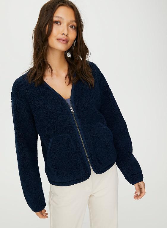 Aritzia Wilfred Free short sherpa liner jacket