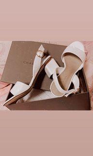 小ck白色低跟涼鞋