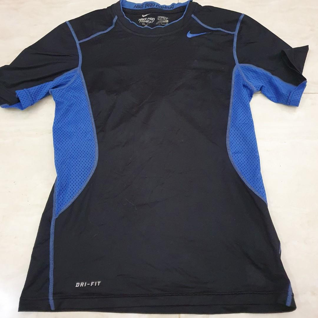 Kaos Nike ProCombat Fitted Ukuran S