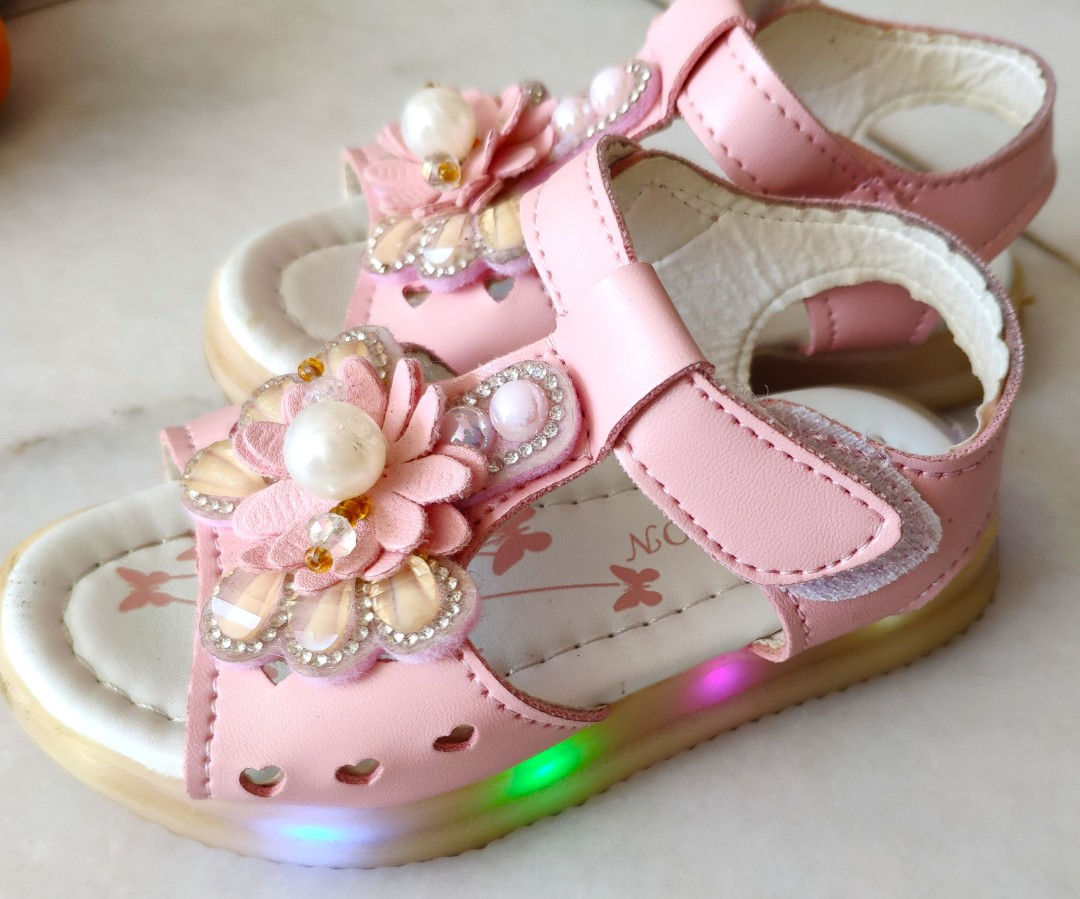 Light up Baby Girl Shoes, Babies \u0026 Kids