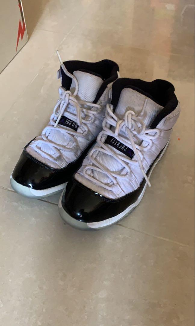 kids size 33 shoe