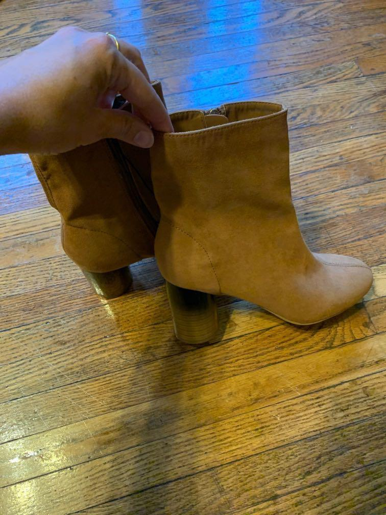 Suede Forever 21 low boots (size 7)