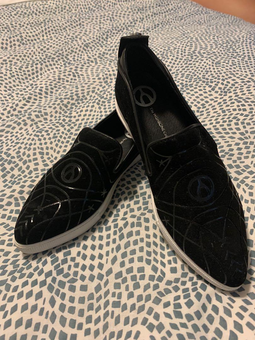 Wishbone shoes