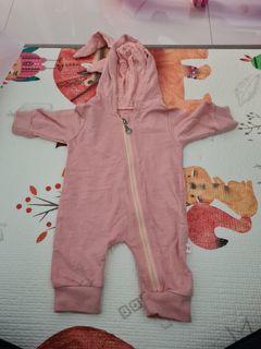 baju kelinci jumper pink