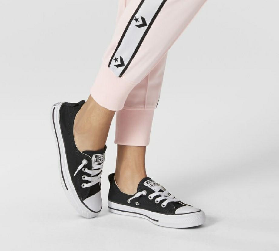 Star Shoreline Converse Black Sneakers