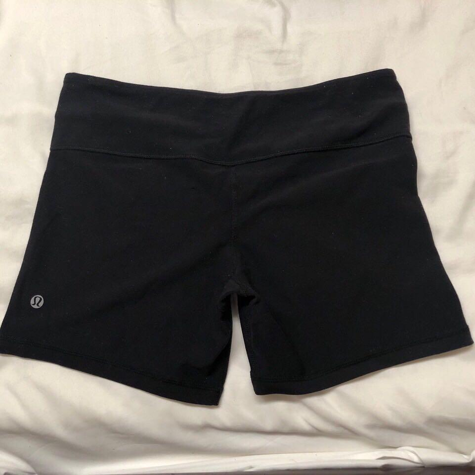 Black Lululemon Reversible Shorts (Size 8)