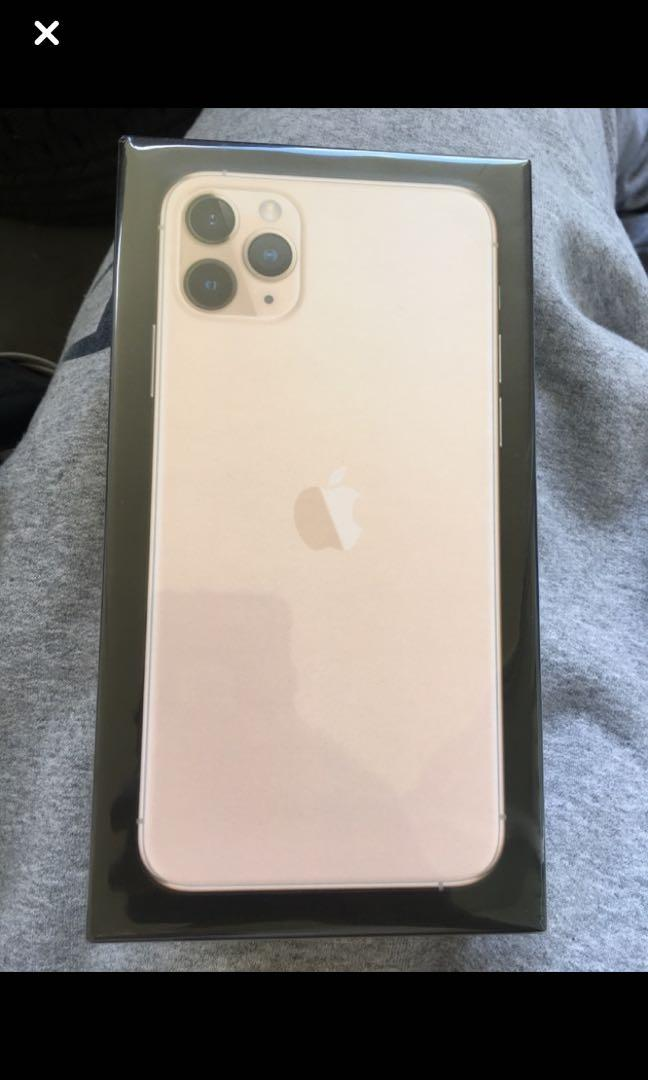 Brand New 256 GB Gold IPhone 11 Pro Max