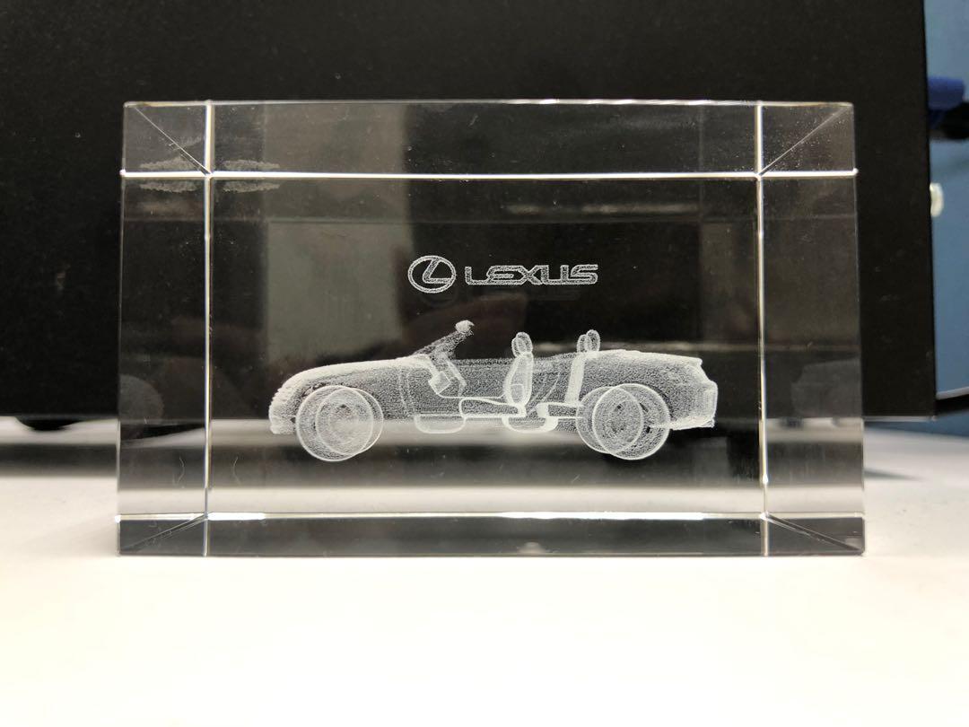 Lexus紙鎮
