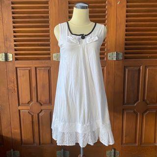 White mini cotton dress
