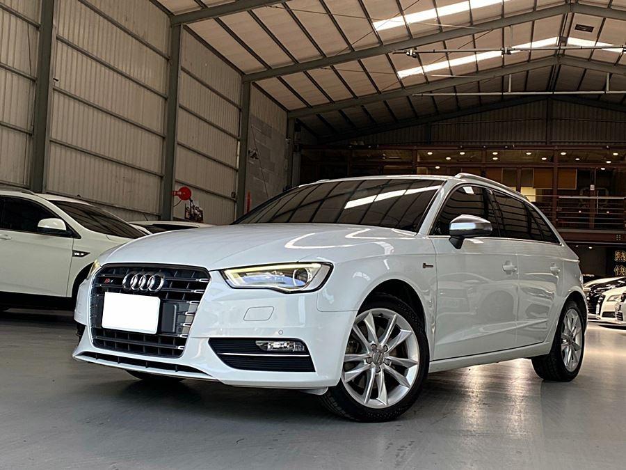 2013年 Audi A3 Sportback 1.8t 一手女用車,只跑8萬!全車原鈑件,內外如新!