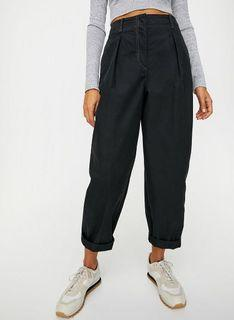 Aritzia Wilfred Free Day Off Pant