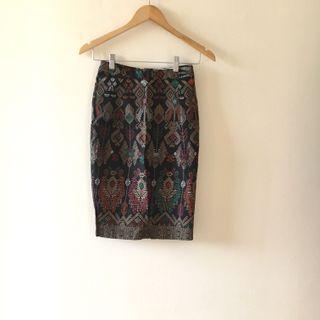 Batik skirt hitam